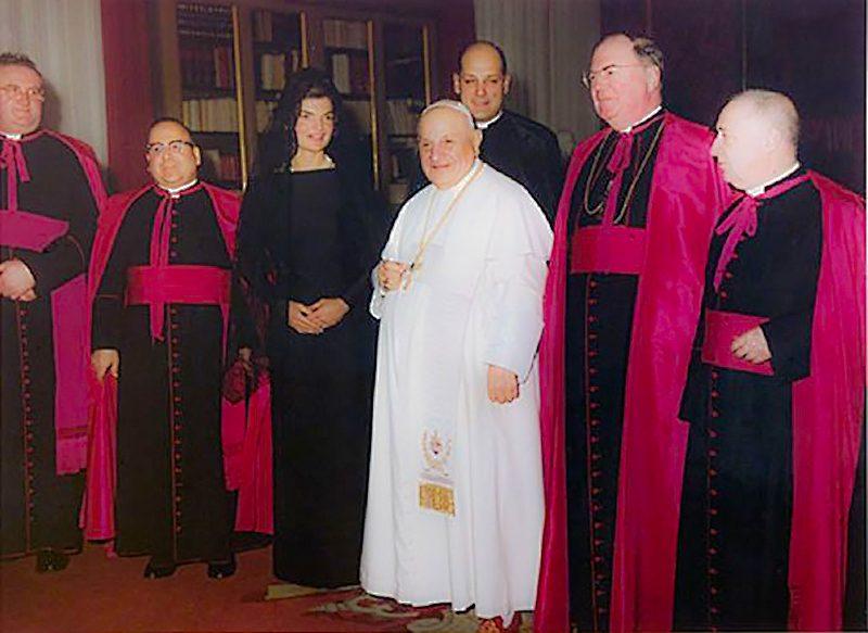 24 Jackie with Pope John XXII.jpg