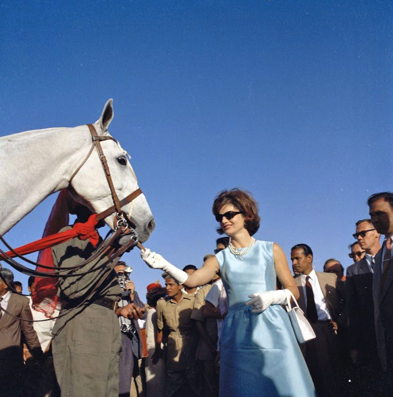 31 Jackie-Kennedy-In-India-March-19-1962