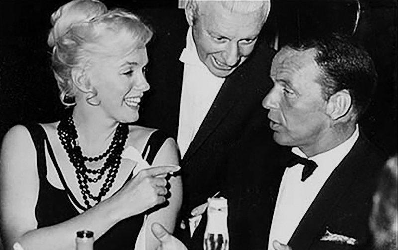34a Sinatra and Monroe at the Cal Neva.jpg