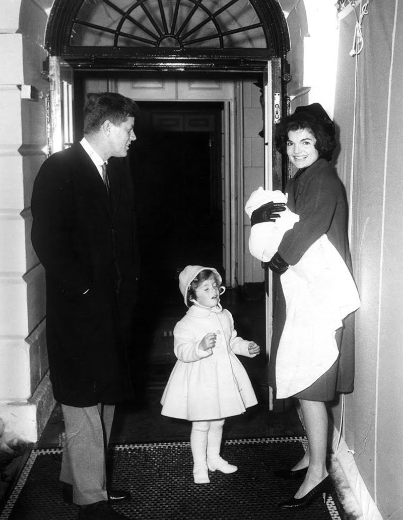 43 JFK-Caroline-Jackie-With-Baby-John-John